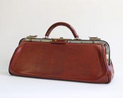 Petit sac médical vintage